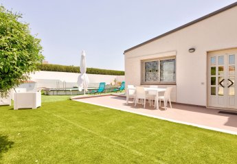 2 bedroom Villa for rent in Marina di Ragusa