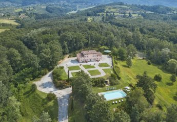 7 bedroom Villa for rent in Capannori