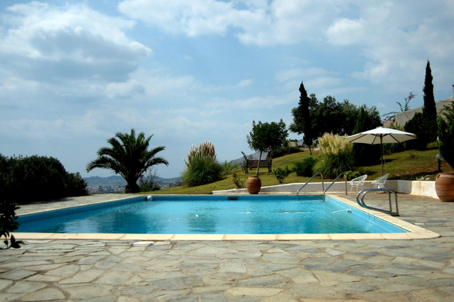 Country house to rent in athens beach greece with private - House with swimming pool for sale scotland ...