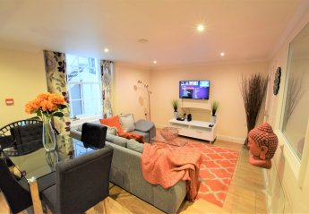 3 bedroom Apartment for rent in Bristol