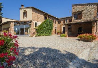 2 bedroom Farmhouse for rent in Castelfiorentino