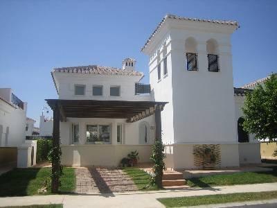 Villa in Spain, Torre-Pacheco: Private villa in quiet position near golf course