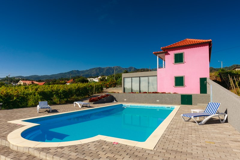 Country house in Portugal, Sao Jorge: the swimming pool area