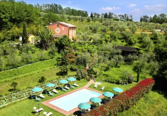 10 bedroom Villa for rent in Capannori
