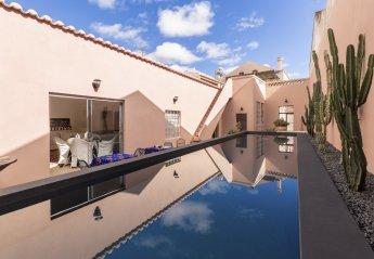 6 bedroom Villa for rent in Portimao