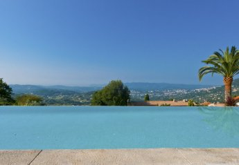 5 bedroom Villa for rent in Grasse