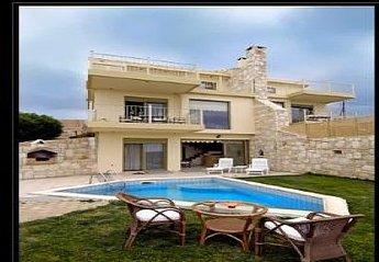 Villa in Greece, Aghia Pelagia: .