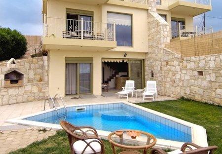 Villa in Aghia Pelagia, Crete