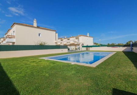 Villa in Ferreiras, Algarve