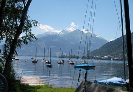 Apartment in Zell am See, Austria: Lake at sailing club
