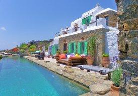 4 bedroom Luxury Villa in Mykonos