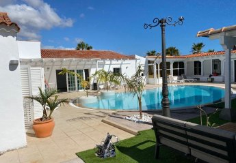 7 bedroom Villa for rent in Golf del Sur