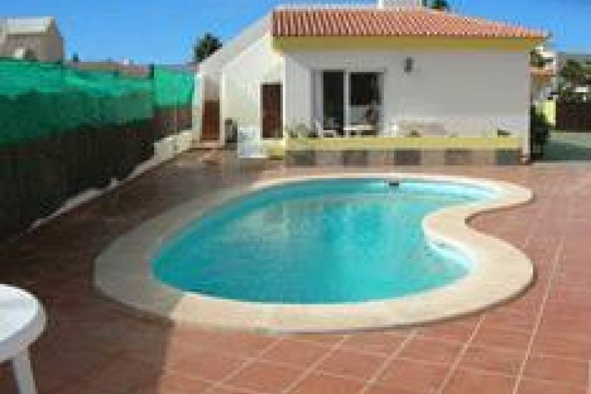 Apartment To Rent In Corralejo Fuerteventura With Pool
