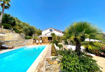 2 bedroom Villa for rent in Imperia Oneglia