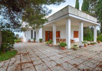 6 bedroom Villa for rent in Menfi