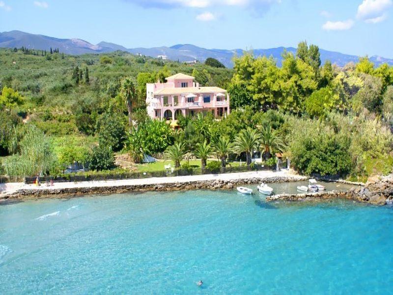 Villa in Greece, Amoudi