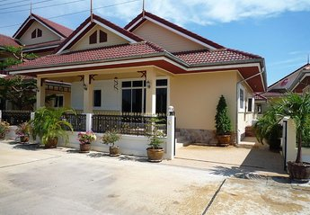Villa in Thailand, Cha-am: Your Bungalow