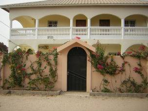 Villa in Gambia, Bijilo: Front view of the villa