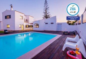 8 bedroom Villa for rent in Lagoa