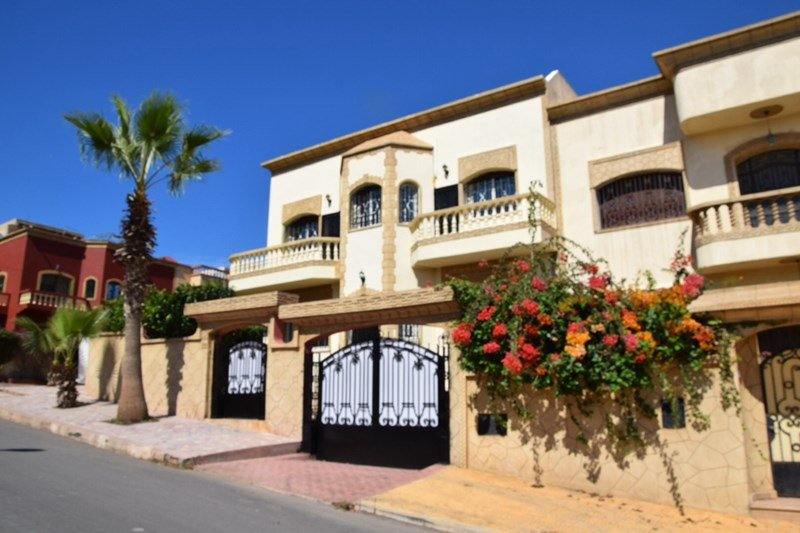 Villa in Morocco, Sale: facade front side