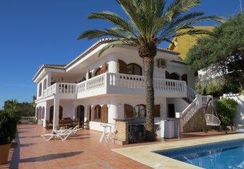 6 bedroom Villa for rent in Almunecar