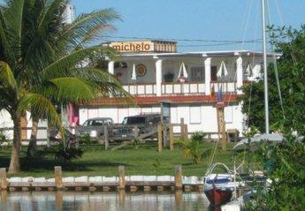 Studio Apartment in Belize, Placencia: hotel
