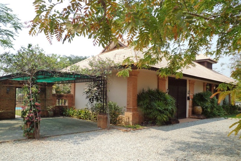 Villa To Rent In Chiang Mai Thailand With Private Pool 38297