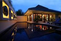 Villa in Thailand, Patong beach: Early evening at the villa.