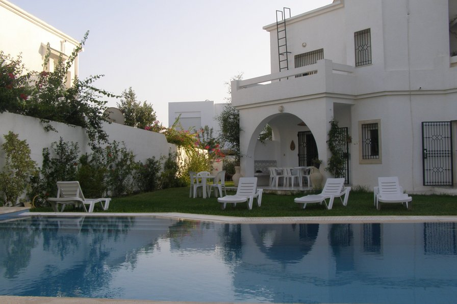 villa to rent in hammamet tunisia with private pool 38540. Black Bedroom Furniture Sets. Home Design Ideas
