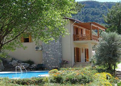 Villa in Turkey, Uzumlu: sideview of villa