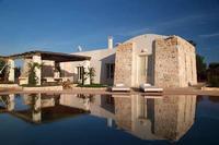 Villa in Italy, Ostuni: Terrace and amazing pool