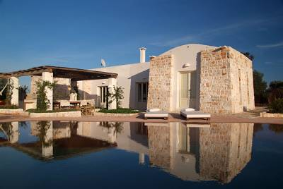 Villa in Italy, Ostuni: Terrace and amazing pool