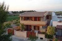 Villa in Italy, Ostuni: Yellow Beach House