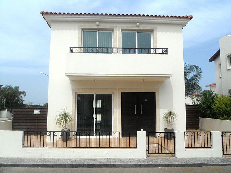 Villa in Cyprus, Penera: Orestiada - fabulous villa and fabulous location