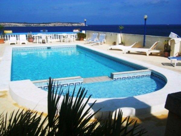 Mellieha Fully Detached Joe's Bungalow Sea Views - Outdoor Pool
