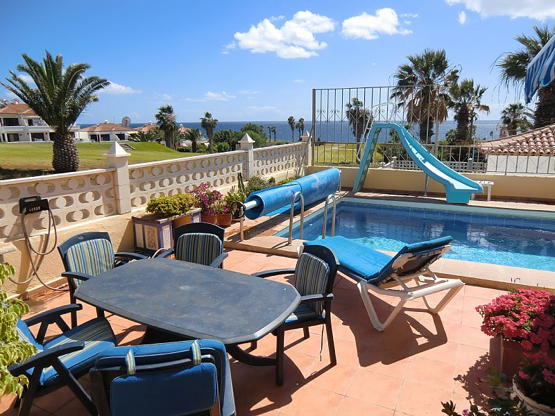 Villa in Spain, Amarilla Golf: More of the pool
