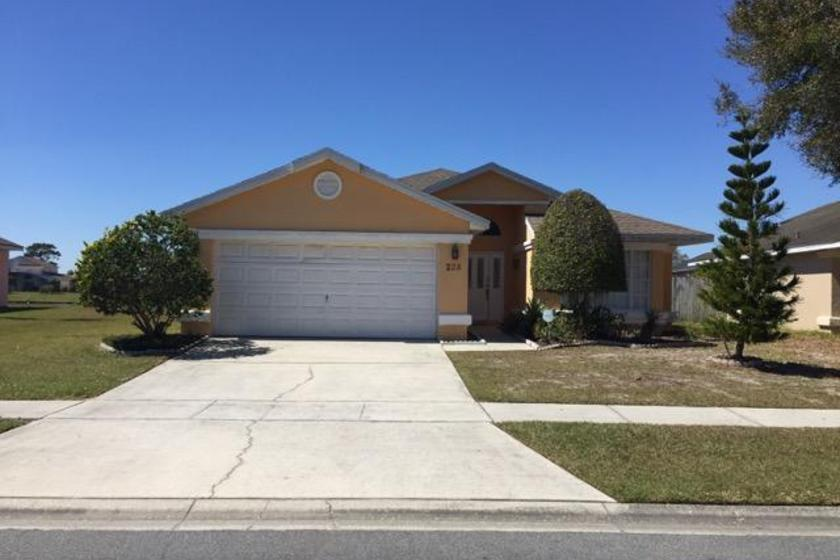 House To Rent In Lakeside Florida With Private Pool 4245