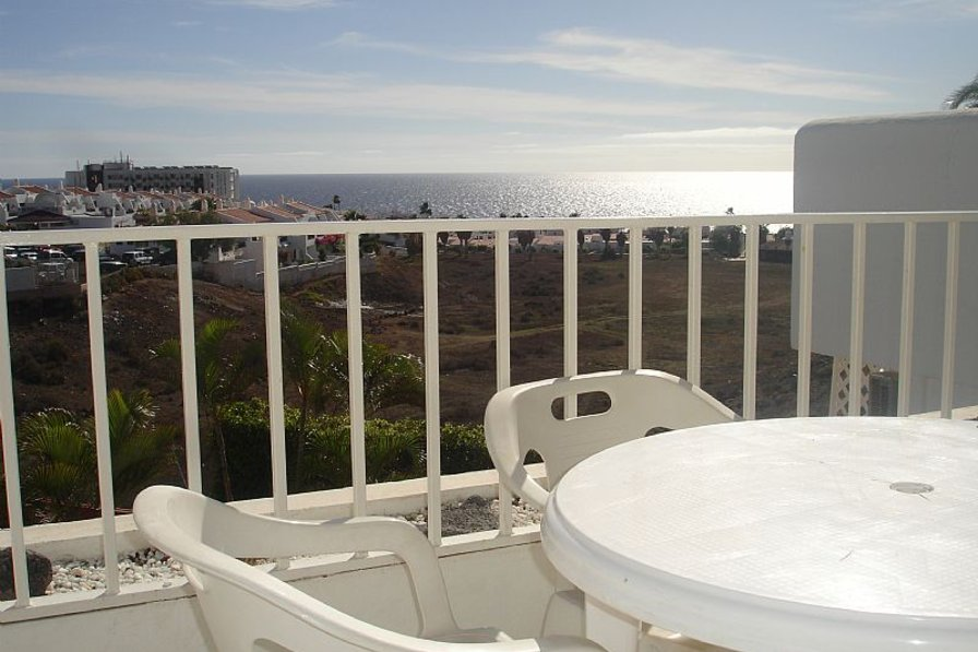 Apartment in Spain, Golf del Sur: Lovely sunny balcony with sea views