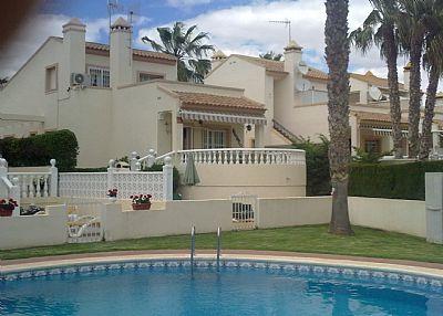 Villa in Spain, Playa Flamenca: Villa viewed from pool area