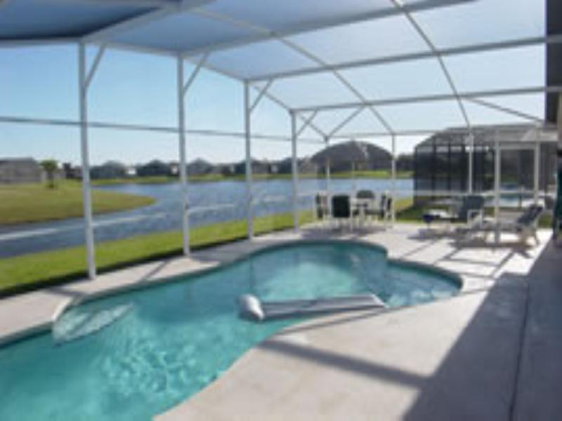 Villa in USA, Eagle Pointe: Pool and Lake View