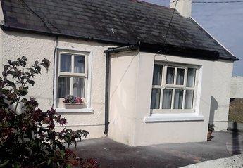 Cottage in Ireland, Ballycotton