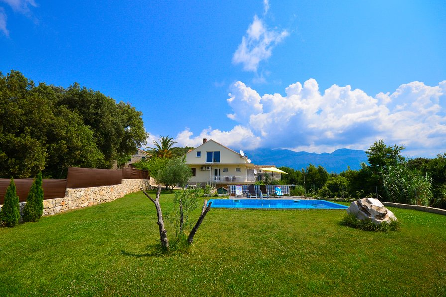 Owners abroad Fantastic villa Antun with PRIVATE swimming pool/not shared