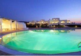Luxury Villas in Paros