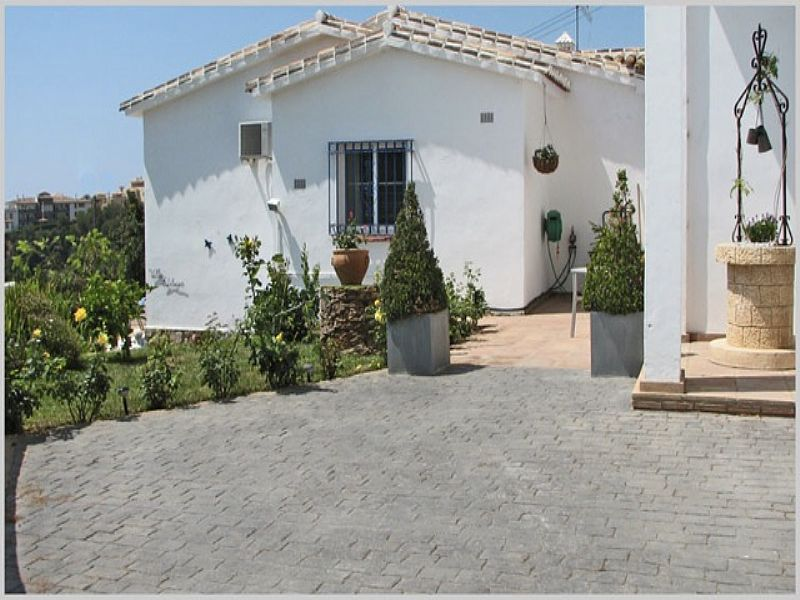 Villa in Spain, Benalmadena Pueblo: Villa Edelweiss with private Pool and Drive