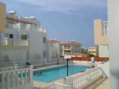 Apartment in Cyprus, Kapparis: Communal pool