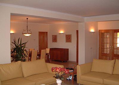 Villa in Portugal, Santa Barbera de Nexe: lounge dining rooms