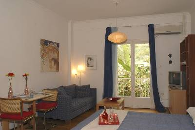 Studio apartment in Greece, Athens City: living room