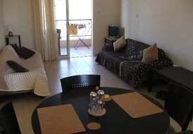 2 Bedroom - 4 Bed Apartment Near Paphos (also has Sofa Beds)