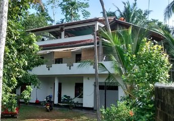 3 bedroom House for rent in Hikkaduwa