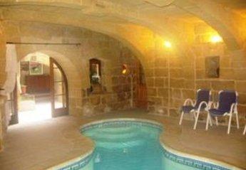 Farm House in Malta, Gharb: Ir Razzett Tan Neputi with Heated Indoor Pool - 10 bedrooms - sleep 20